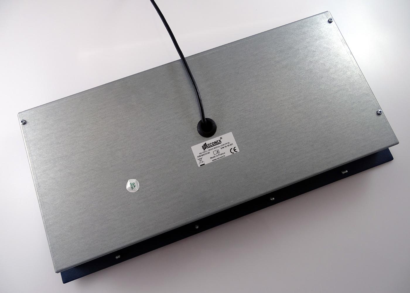 Clavier industriel 105 touches trackball optique laser 50mm – vue arrière