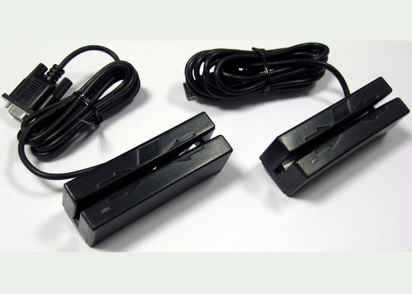 Lecteurs de badge magnétique RS232 ou USB