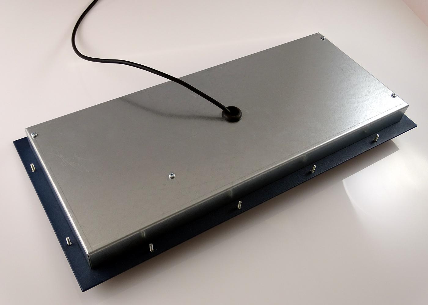Clavier industriel 105 touches intégrable par l'avant avec trackball 38mm – Vue arrière