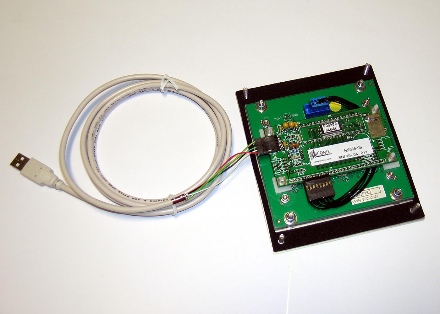 Clavier inox antivandale 12 touches intégrable en panneau par l'avant – Cordon USB