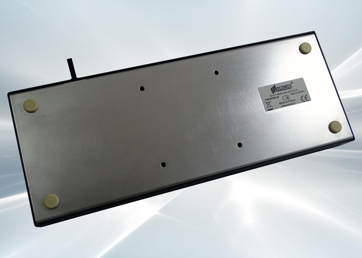 Clavier industriel 71 touches en boitier métallique de table étanche IP54 – Fixation VESA 75
