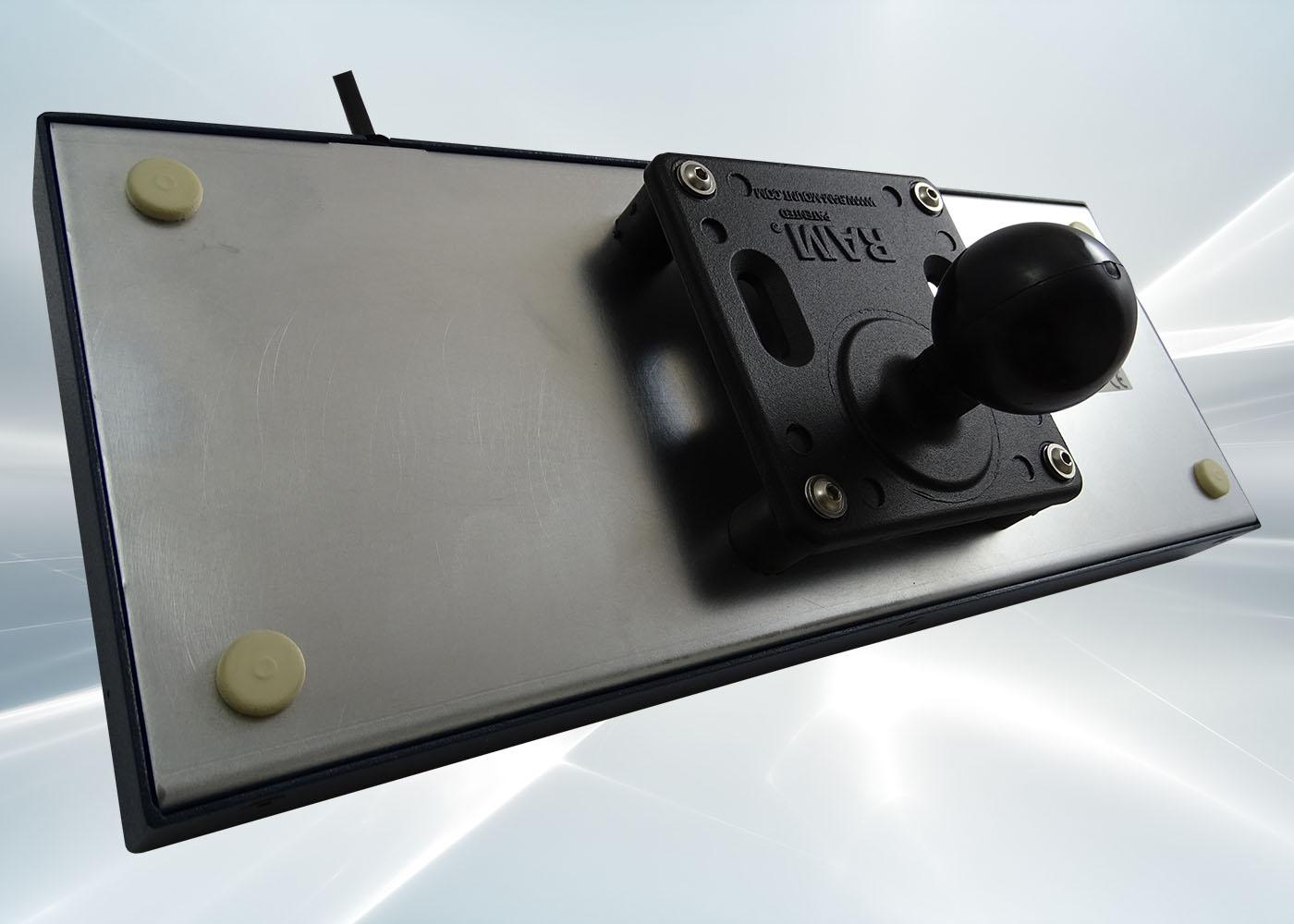 Clavier industriel 71 touches en boitier métallique de table étanche IP54 – Option boule VESA 75