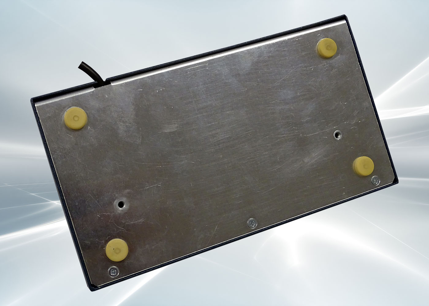NX518 : clavier industriel compact 43 touches en boitier de table – Vue dessous