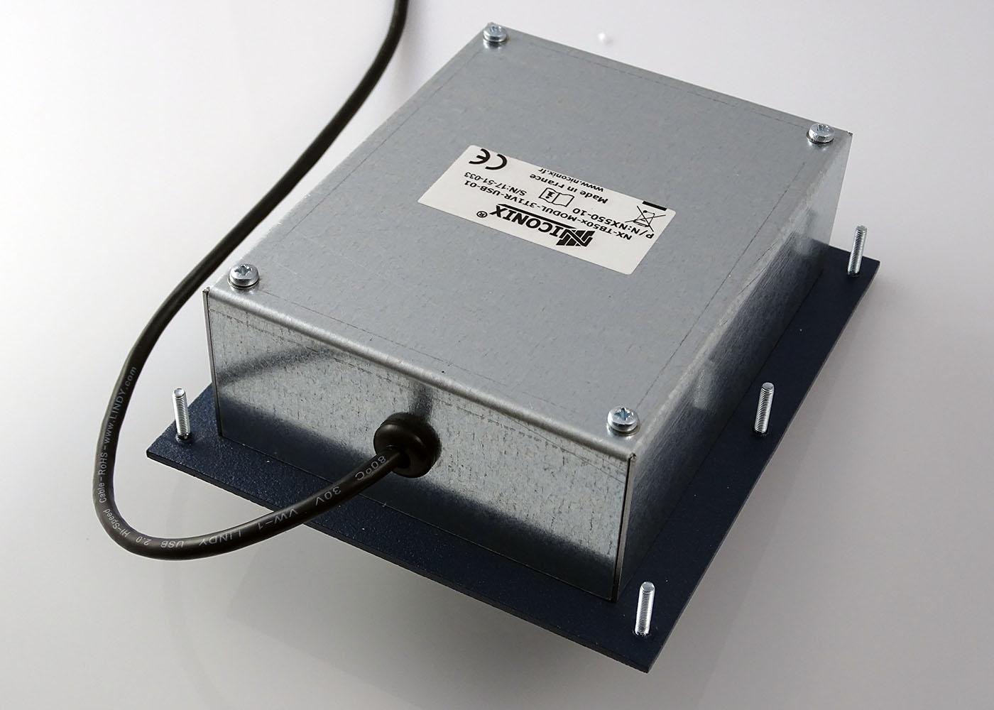 Trackball optique laser 3 boutons, boule 50 mm – Vue de dessous