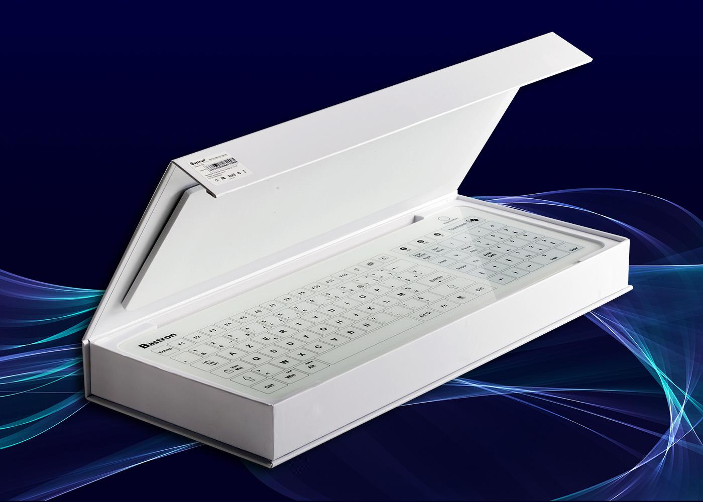 Clavier tactile B45 – Livré dans un écrin en carton blanc, mousse et fermeture aimantée