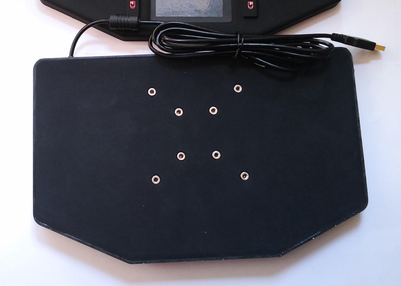 Clavier InduBoard VM – Détail des fixing VESA arrière